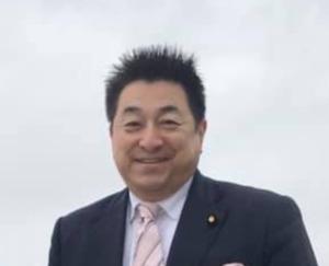 古賀ゆきひと議員(福岡)の評判・事務所|嫁と息子は?病気で入院!